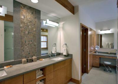 Bath Bethesda Condo